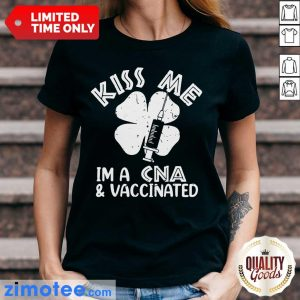 Absolutely Kiss Me 2 Patricks Day Ladies Tee